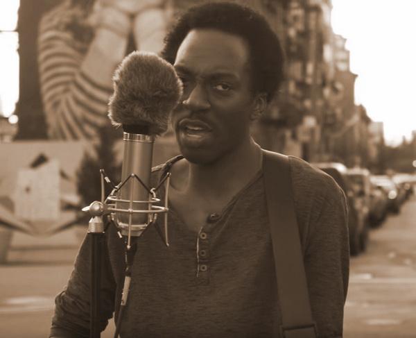 Негр из Бруклина исполняет «Всё идёт по плану» Гражданской Обороны